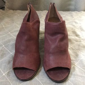 LUCKY BRAND LEATHER MAROON BOOTIES SIZE 10M